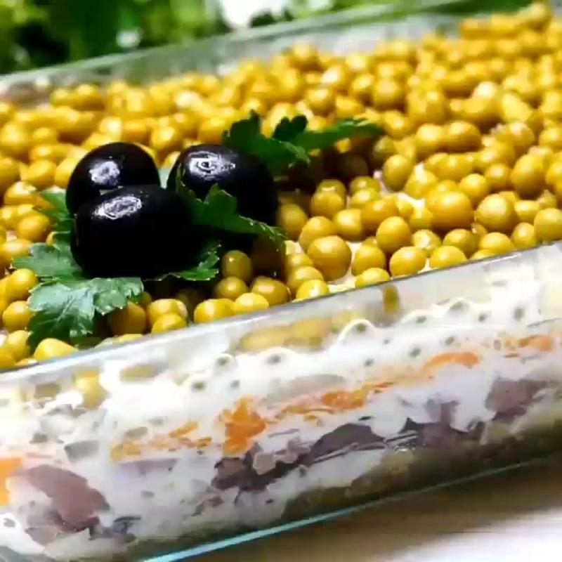 салат с печенью(рецепт в описании)
