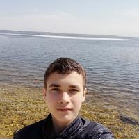 Матвей Петров |